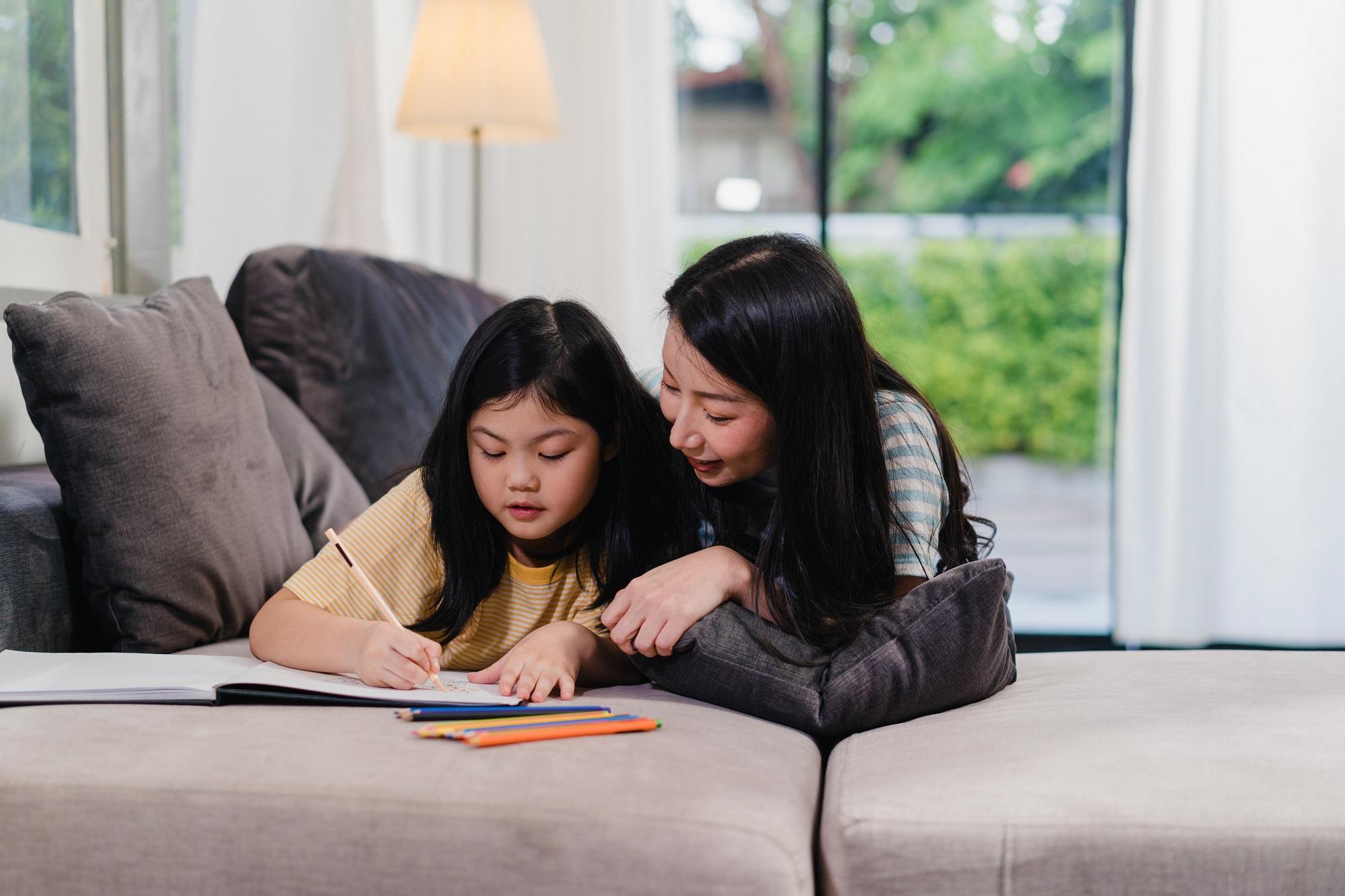 4 Cara Orang Tua Dukung Anak Belajar Optimal