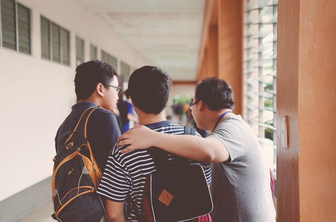 5 Kegiatan Pulang Sekolah Bermanfaat yang Bisa Dilakukan